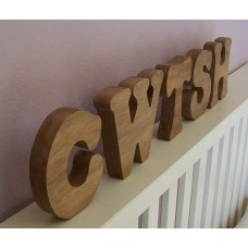 Chunky Free Standing Cwtch/Cwtsh